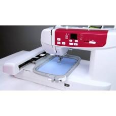 Бытовая компьютеризированная швейно-вышивальная машина Minerva MC 550W Wi-Fi