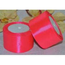 Атласная лента цвет розовый неон, 50 мм